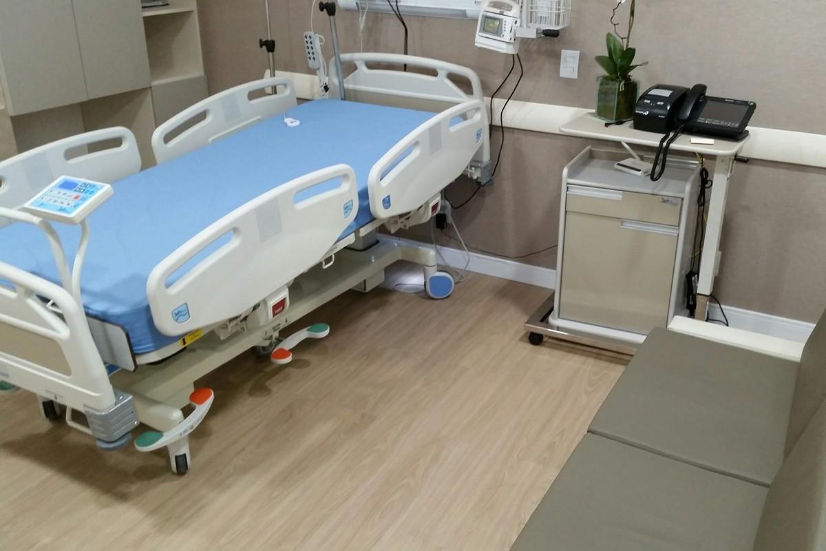 Línea Ambiental Series Sepac Cedro / Código 9344654 / Proyecto: Habitación de hospitalización - Feria del Hospital 2015 / Arquitecto: Arquitetura L + M