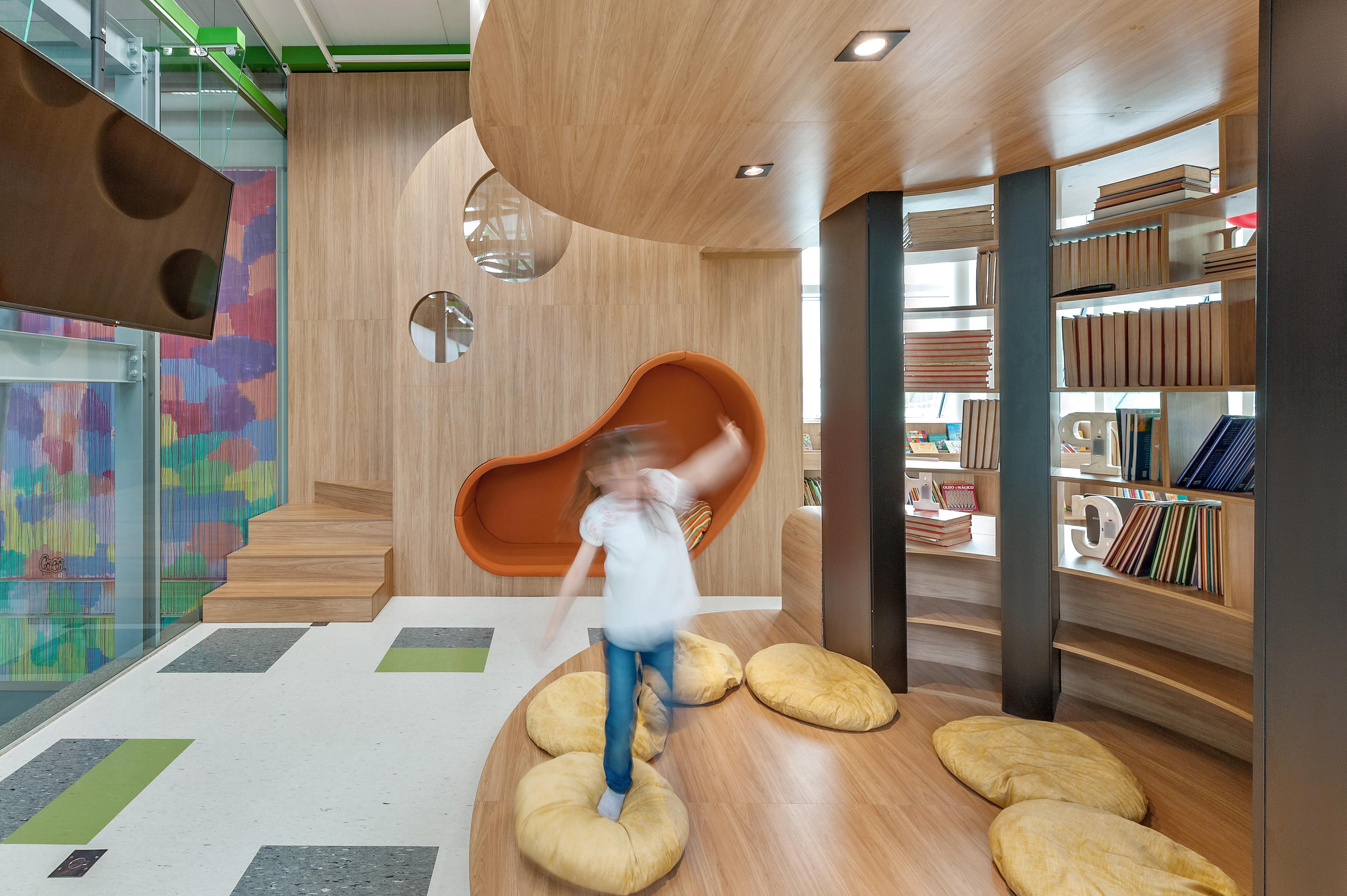 Biblioteca Colégio Umbrella